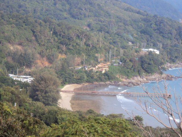 ขายที่ดินเนินเขาซีวิวกมลาตรงข้าม Thavorn Beach เนื้อที่ 36 ไร่ ขาย 18 ล้านต่อไร่