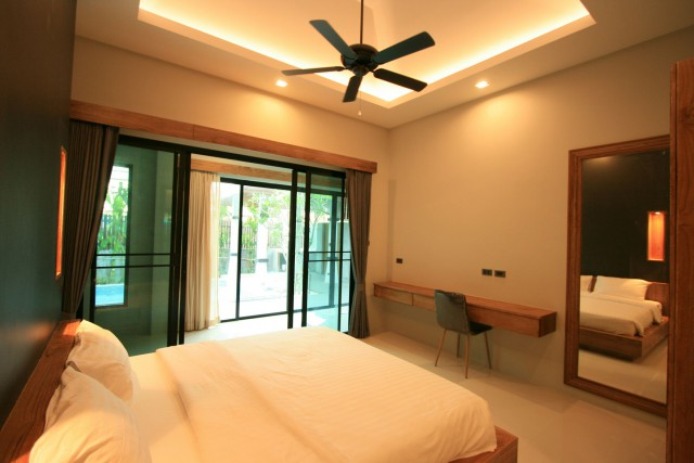 Pool villa for sell and rent in land and house  park phuket chalong 11.8 bt