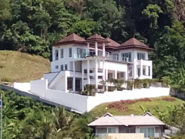 ขายบ้านพูลวิลล่าซีวิวใกล้หาดกมลา ภูเก็ต เนื้อที่ 152.9 ตร.วา ขาย 32 ล้าน
