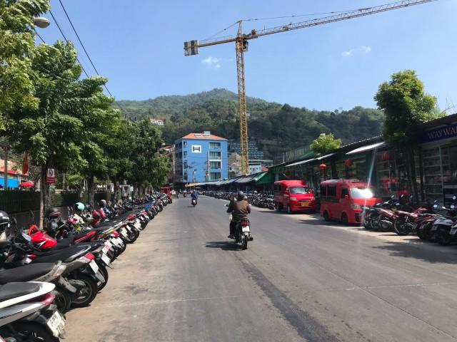 ขายอาคาร4ชั้นดาดฟ้า 3 ยูนิตใกล้ตลาดบ้านซ้านป่าตอง ภูเก็ตเนื้อที่44ตร.วาขาย59ล้าน