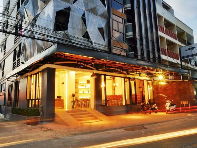 ขายกิจการโรงแรมใจกลางป่าตอง กะทู้ ภูเก็ต อาคาร 7 ชั้น  จำนวน 49 ห้อง ขาย 85 ล้าน