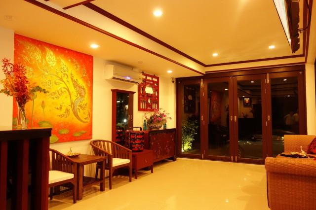 ขายกิจการโรงแรมใสยวน เนื้อที่ 165 ตร.วา อาคาร 3 ชั้น  จำนวน 18 ห้อง ขาย 45 ล้าน