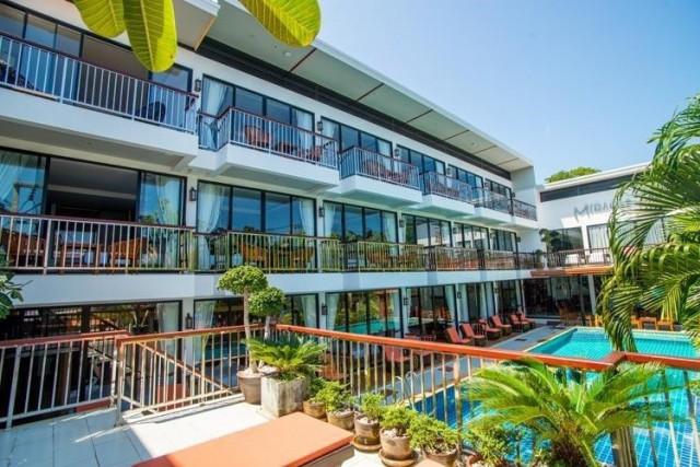ขายกิจการโรงแรมใสยวน เนื้อที่ 165 ตร.วา อาคาร 3 ชั้น  จำนวน 18 ห้อง ขาย 50 ล้าน