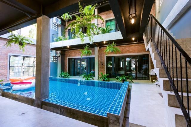 ขายกิจการโรงแรมใสยวนใกล้หาดราไวย์ ภูเก็ต อาคาร 3 ชั้น จำนวน 10 ห้อง ขาย 16 ล้าน